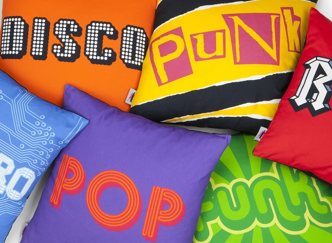 quirk and rescue cotton cushions