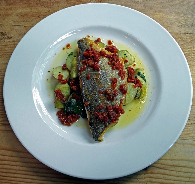 the old dairy pub, seared sea bream