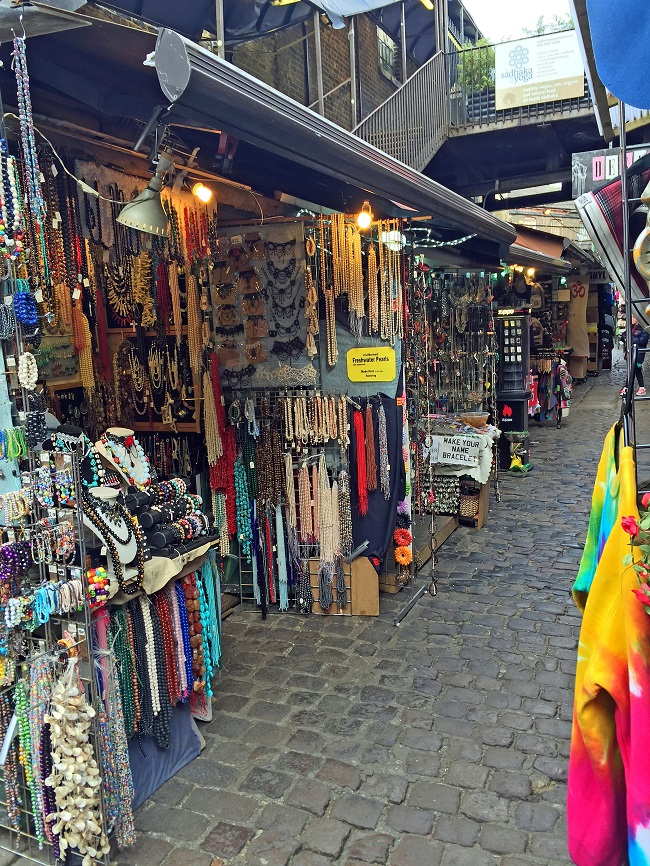 things to do in camden, stalls