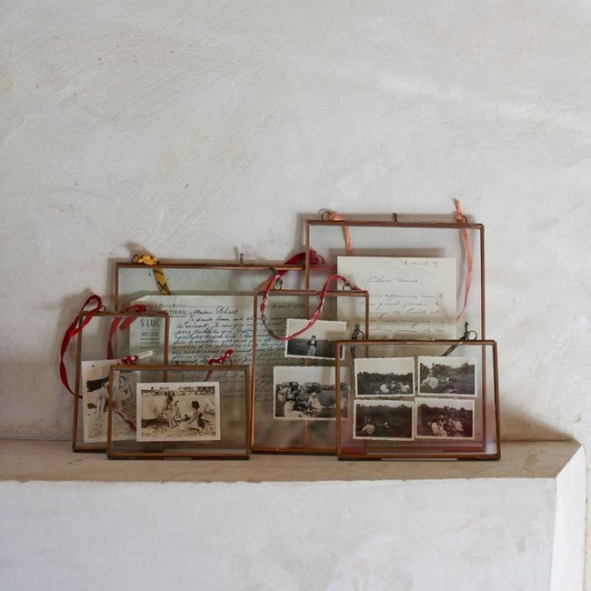 copper living room, picture frames