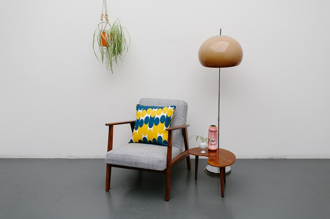 interior trends, laura spring cushions