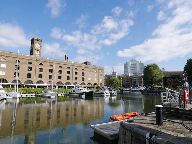 st katharine docks to canary wharf walk, st katharine docks