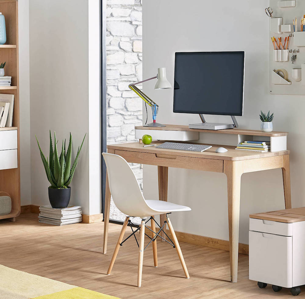Ten Tips For Staging Your Home Office