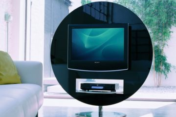 ten ways to display your tv at home feature image