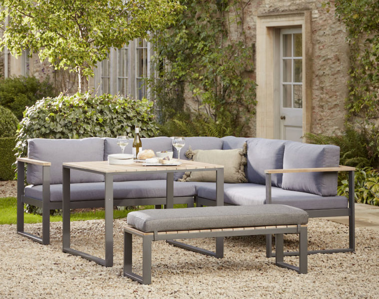 everything you need for stylish garden dining featured image